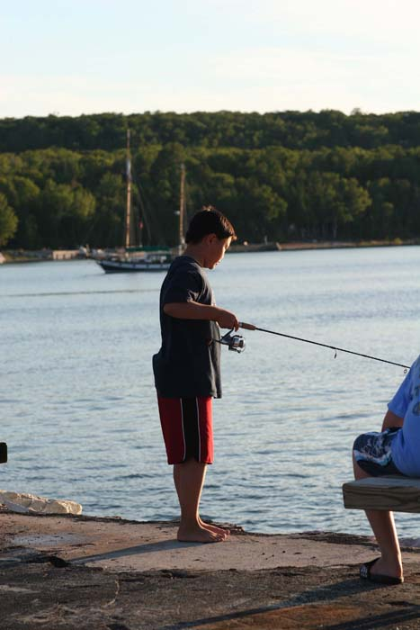 Book a great vacation in door county fishing fun on for Door county fishing charters
